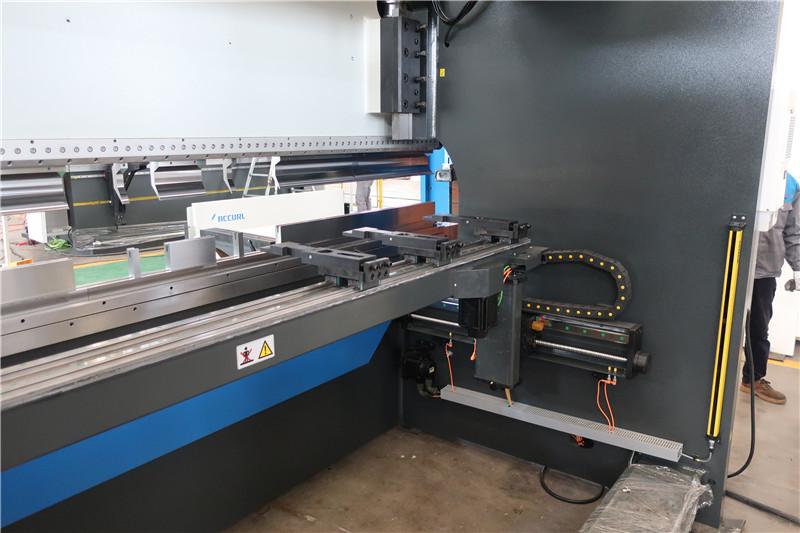 BGA-4 ສຳ ລັບ X ແລະ R-Axis CNC Backgauge
