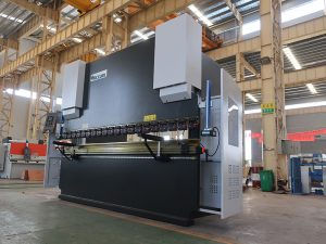 cnc hydraulic servo ໄຮດໍລິກສະແຕນເລດເຫລໍກເຫລໍກ plate nc press brake bending folding machine